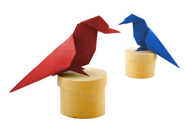 Small bird Design:Eric Bergen, folded by Danielle verbeeten